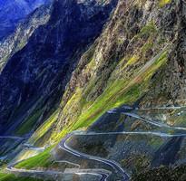 【季節限定-直航】仲夏南北疆、獨庫公路、最美喀納斯、禾木村雙飛10日