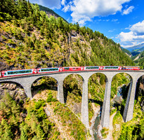 瑞士五大名峰、三大觀景列車深度12天
