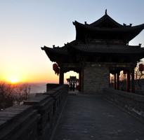 【長榮航空】山西五台山、平遙古城、張壁古堡、雲岡石窟、壺口瀑布八日