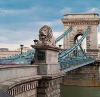 奧斯匈8天~金色多瑙河、漁夫堡、熊布朗宮、酒窖晚宴