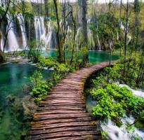 【賺很大】克羅埃西亞、十六湖公園、布列德湖、雙纜車、鐘乳石洞10日