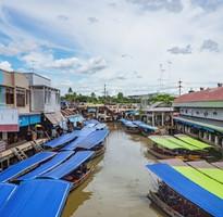 【媚立四射】泰國曼谷五星涵碧樓一房一廳、海鮮燒烤BBQ、水陸大進擊早去晚回5天(含泰簽)
