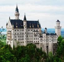 戀戀德瑞13日-最美雙峰(少女峰+馬特洪峰)、浪漫天鵝堡、希特勒別墅、赫蓮基姆宮、BMW走訪趣、中世紀小鎮巡禮