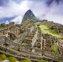 秘魯印加帝國~ 馬丘比丘、的的喀喀湖、阿雷基帕、神鷹飛翔、加贈納斯卡線、升等四晚五星飯店14日(含稅小費耳機WIF)