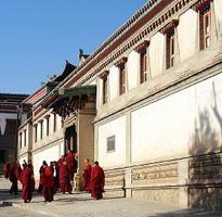 【主題旅遊】幸福重新探索:不丹自然、文化深度全覽9日(當地中文導遊、含小費)