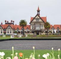 精彩紐西蘭北島8日~東加里洛國家公園、螢火蟲洞、哈比屯、羅吐魯阿遊船