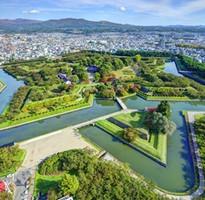 北海道OMG~花現富良野、百萬函館山、鮮嚐居酒屋、溫泉美人湯四日(含稅)